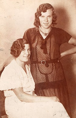 Tante Mitzi in den Roaring Twenties