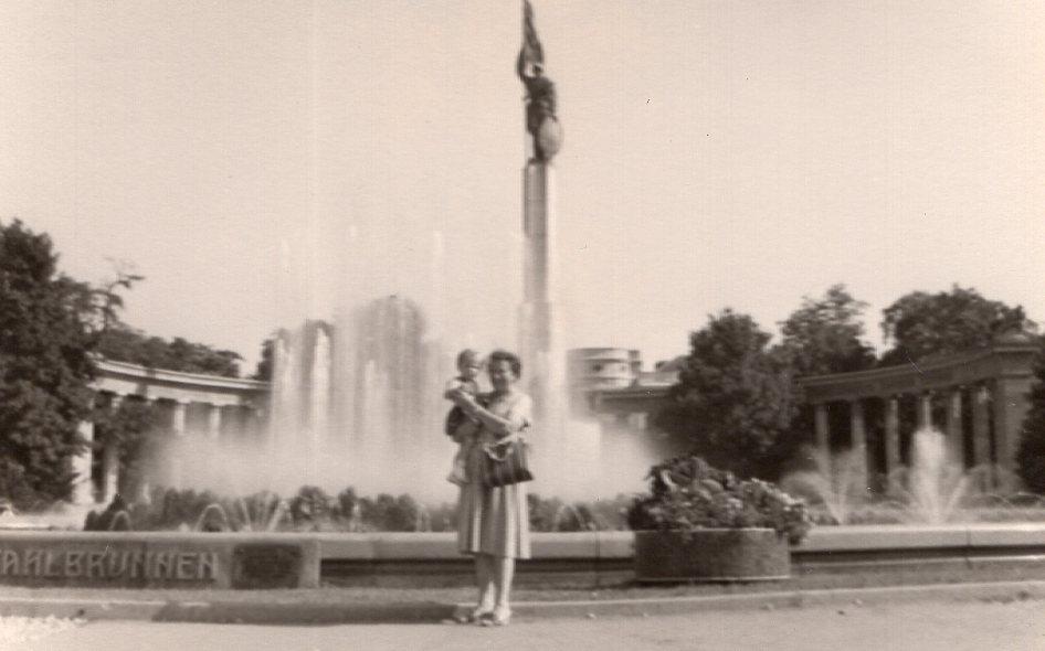 Tante Mitzi und ich in der großen Stadt